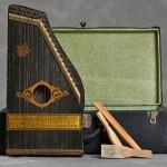 Willard Suitcases, il progetto fotografico di Jon Crispin