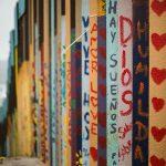 Messico e Stati Uniti:  il murale di Chiu abbatte le distanze
