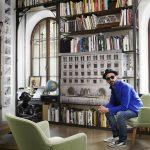 JR tra arte urbana e fotografia: chi è il Banksy parigino?
