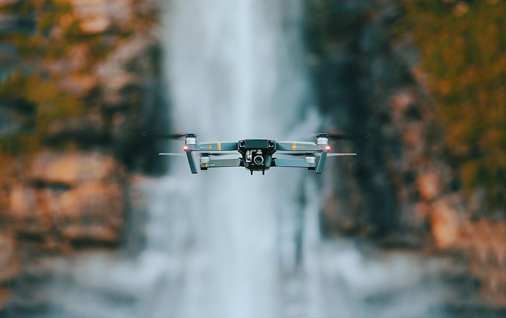 accessori tech da viaggio drone