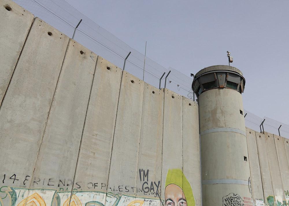 l'uomo-che-rubo-banksy-muro-betlemme