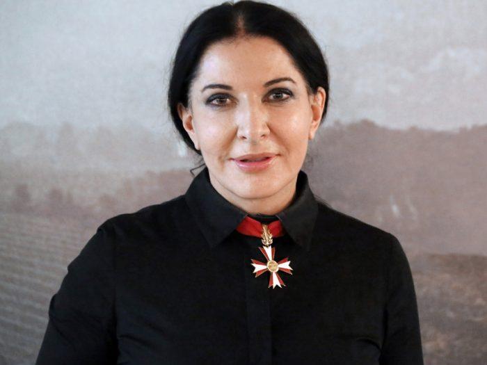 The-Cleaner-di-Marina-Abramović-copertina