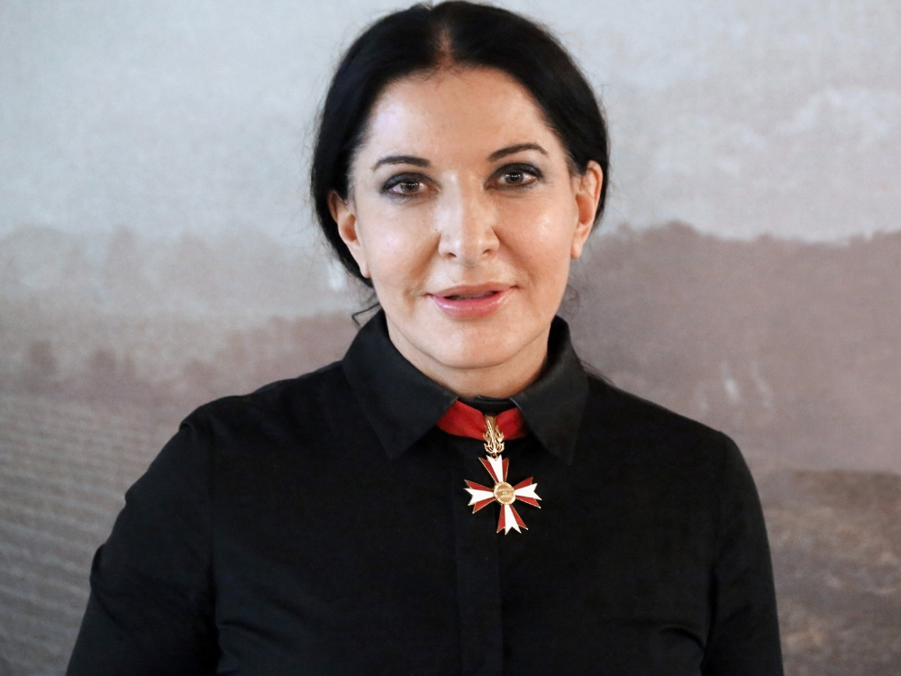 The-Cleaner-di-Marina-Abramović-copertina