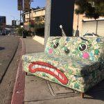 Lonesome Town, quando i mobili prendono vita grazie alla street art