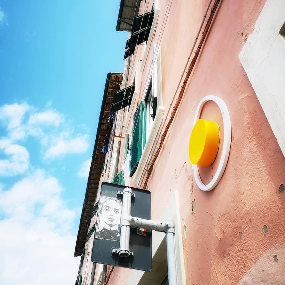 street art a livorno uovo alla pop
