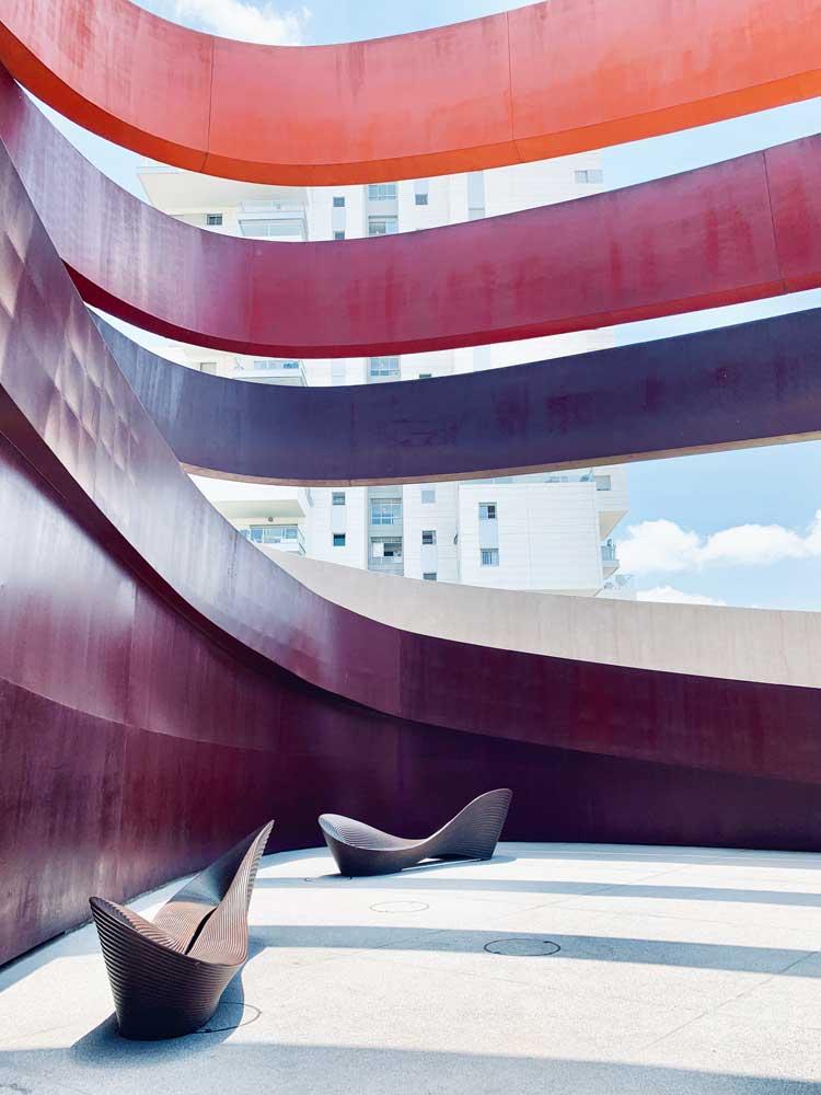 tel aviv cosa vedere design museum holon