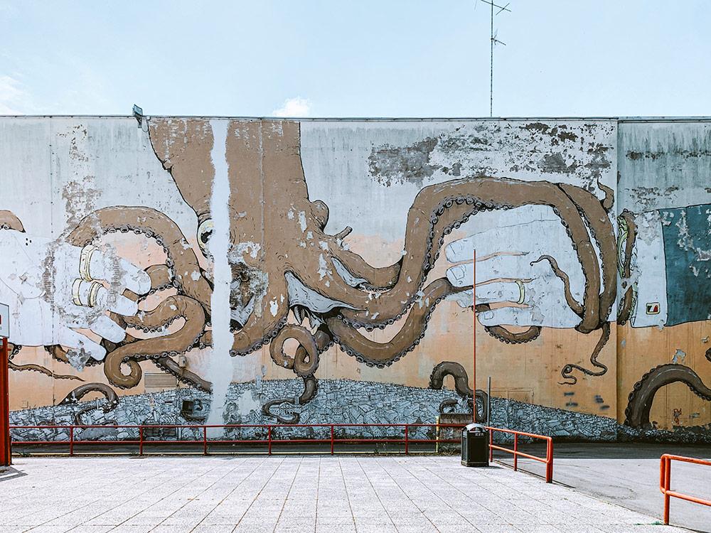 street-art-modena-blu-e-ericailcane